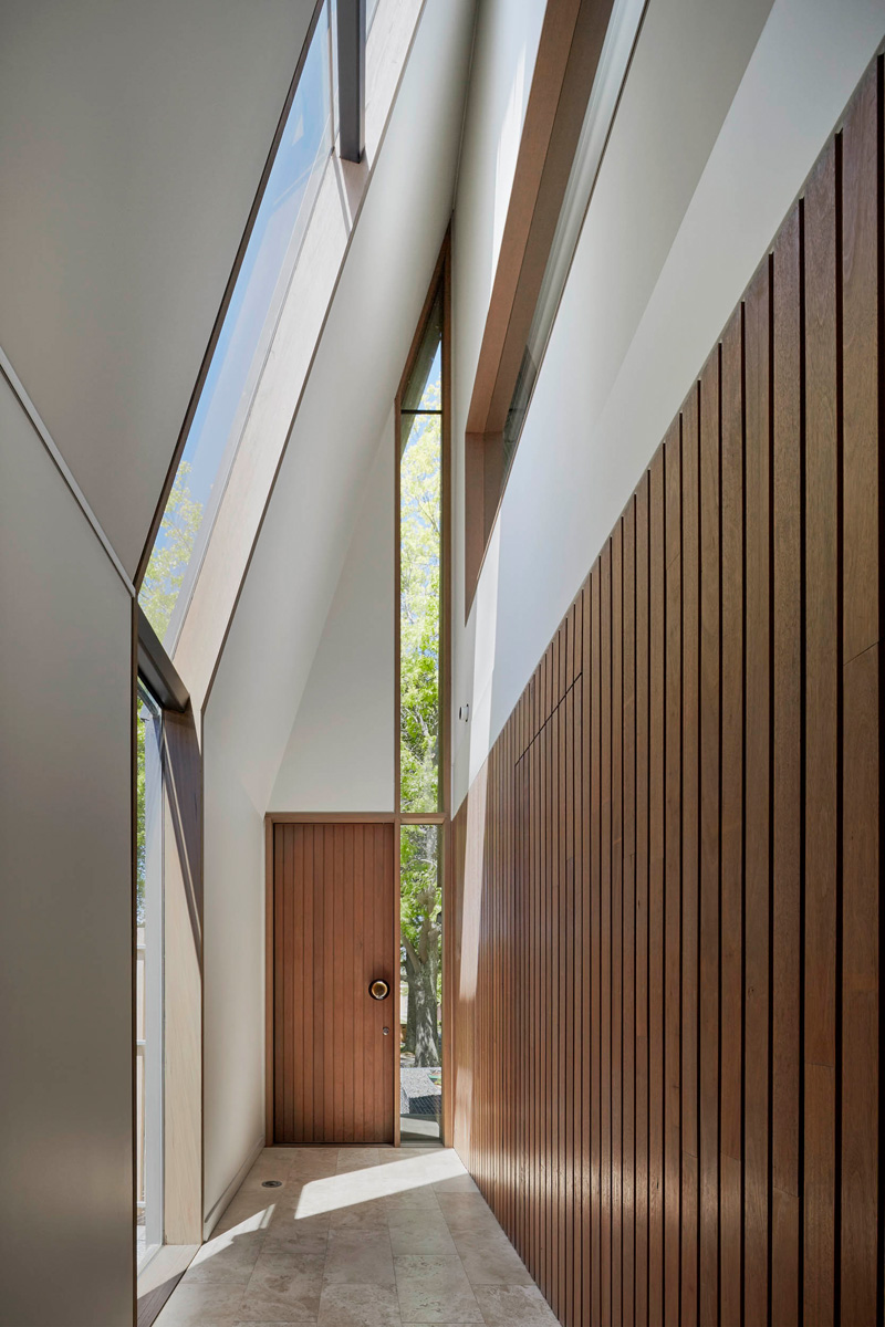 Clad Home From Australia Features A Luxurious Design 4