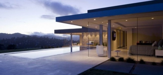 After A Remodel The Garay Residence From California Is A Luxurious Home Of Glass And Stone