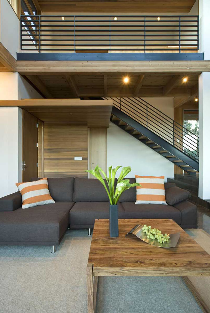 HudsonPanos Residence Features A Luxury Design 7