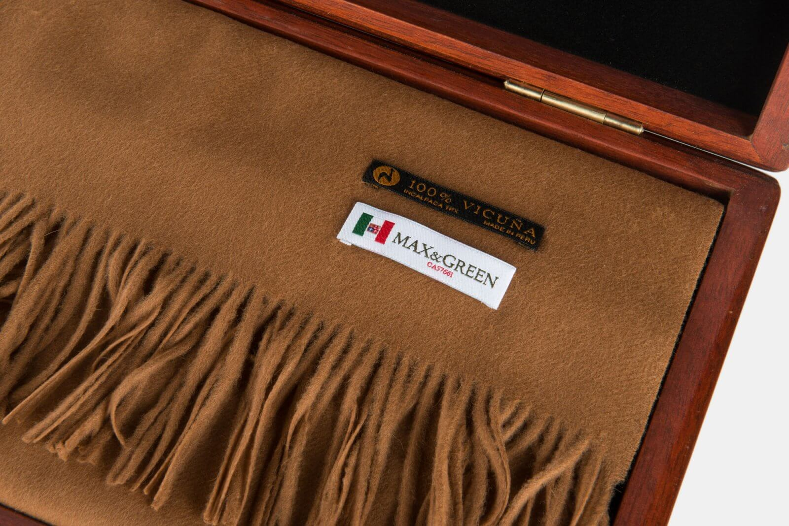Finest fabric in the world; Vicuna scarf