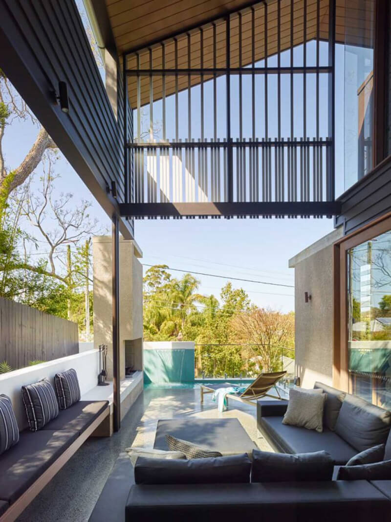 Mackay Terrace Is A Luxurious Contemporary Home 6