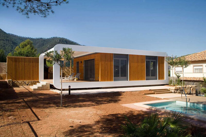 Prefabricated Home Features A Luxury Design - EALUXE 1