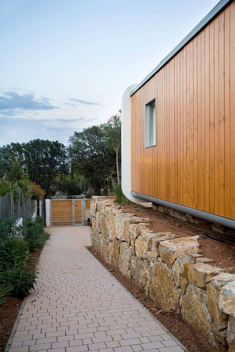 Prefabricated Home Features A Luxury Design - EALUXE 3