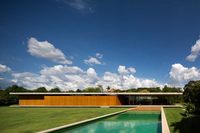 Redux House Is A Luxury Home From Brazil 10