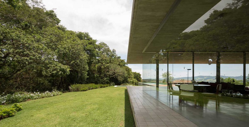 Redux House Is A Luxury Home From Brazil 3