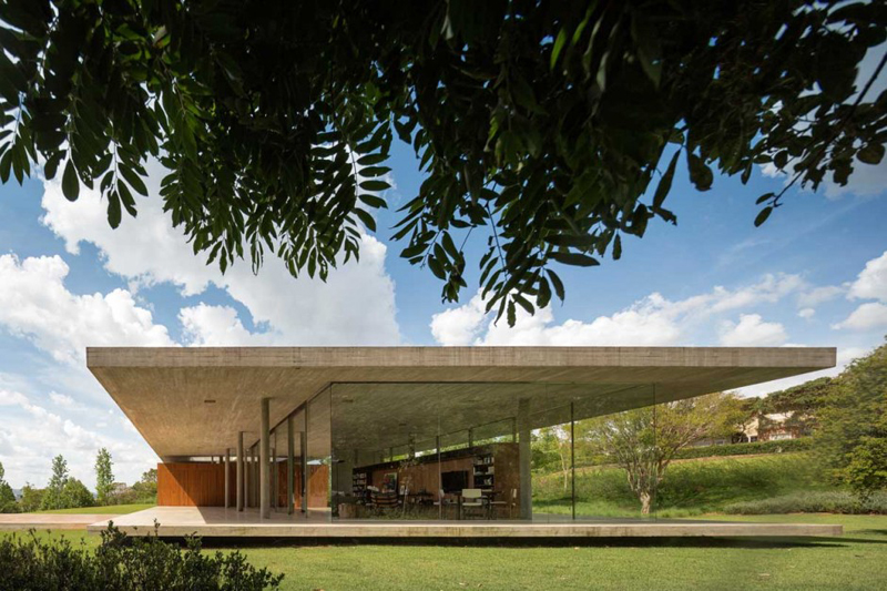 Redux House Is A Luxury Home From Brazil 8