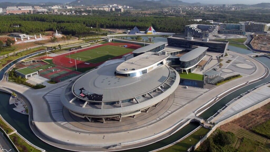 Replica of Star Trek Ship Used as Chinese Millionaire's Company HQ