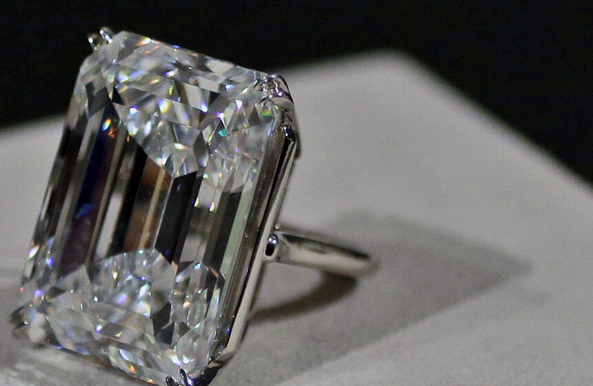 The Perfect 100-Carat Diamond Has Been Sold at an Auction!