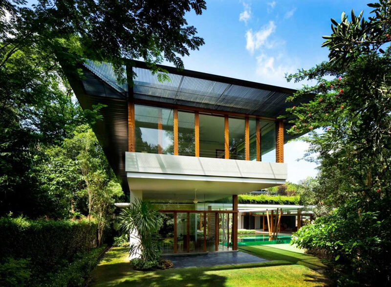 Water lily house features a luxury landscape ealuxe for Luxury home features