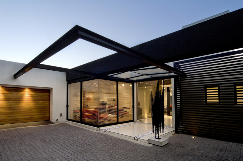 House Mosi Is A Luxury Modern Project - EALUXE 1