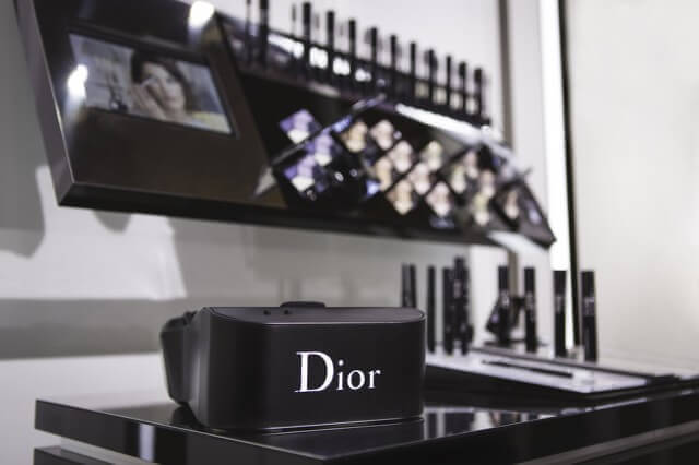 The First Dior Virtual Reality Headset is Here!