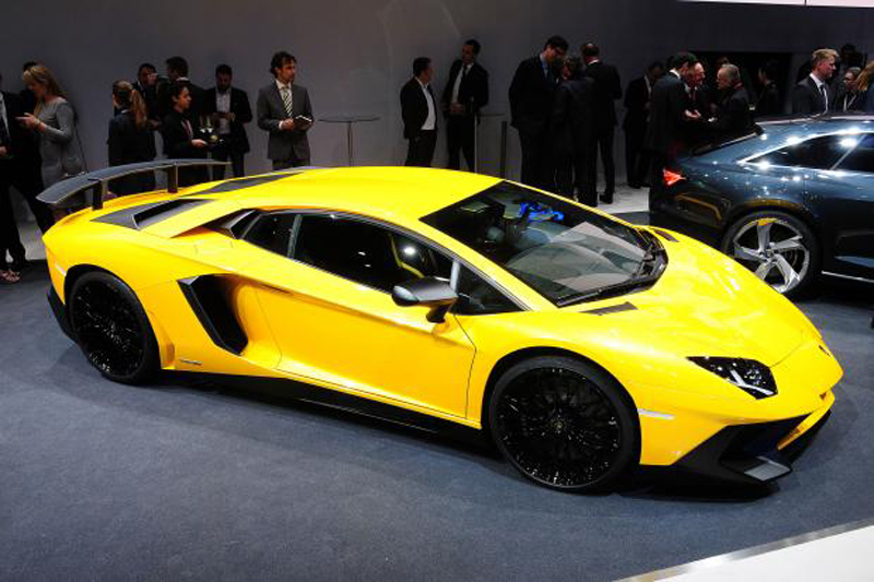The Lamborghini Aventador SV Has Sold Out - EALUXE | via xevaphongcach.net