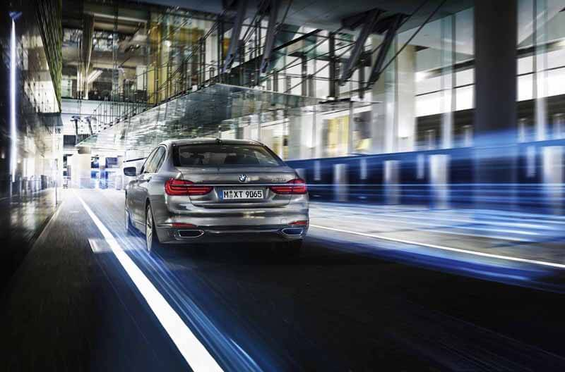 The Luxury BMW 7 Series Unveiled Today - EALUXE 9