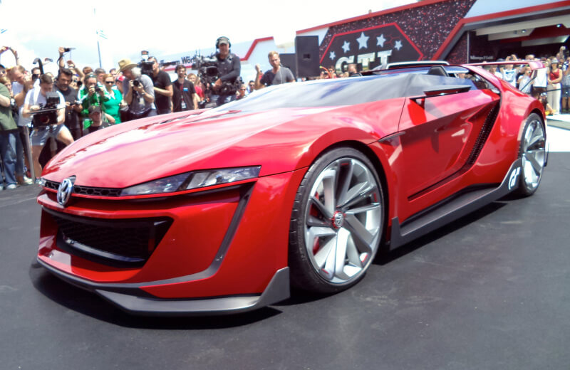 Volkswagen GTI Roadster Features One Insane Concept | via peanutchuck.com