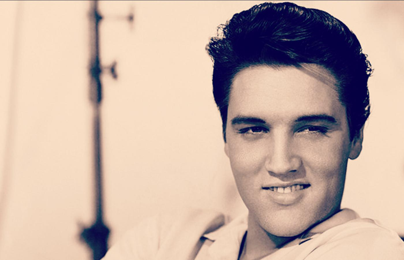 Elvis Presley via
