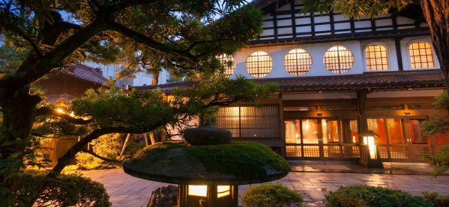 This Japanese Hotel Has Been Run by the Same Family for the Last 1,300 Years