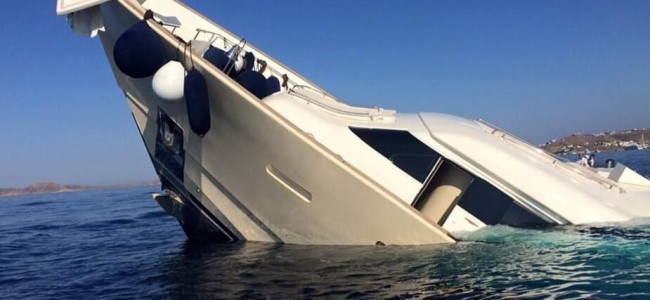 This is What a $6 Million Super Yacht Looks Like When Sinking into the Sea