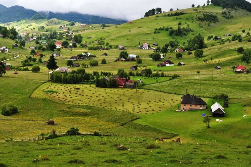 10 of the Most Beautiful Villages in Romania You Must Visit |@trekearth.com|