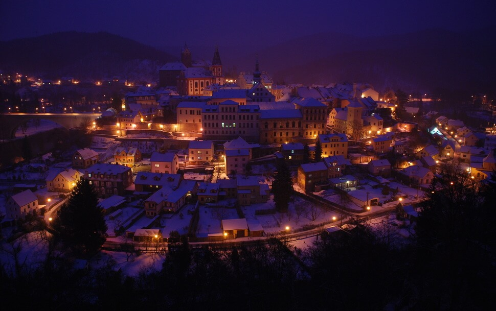 12. Loket, Czech Republic    These 20 Photos of Winter Towns Will Make You Love Snow Even More