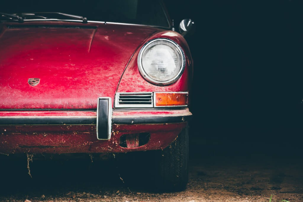 This Abandoned 1967 Porsche 911s Was Found In a Barn by a Lucky Finder