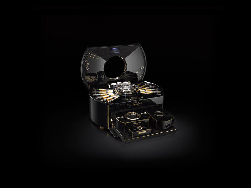Millon Dollar Humidor with Built-in Tourbillon (6)