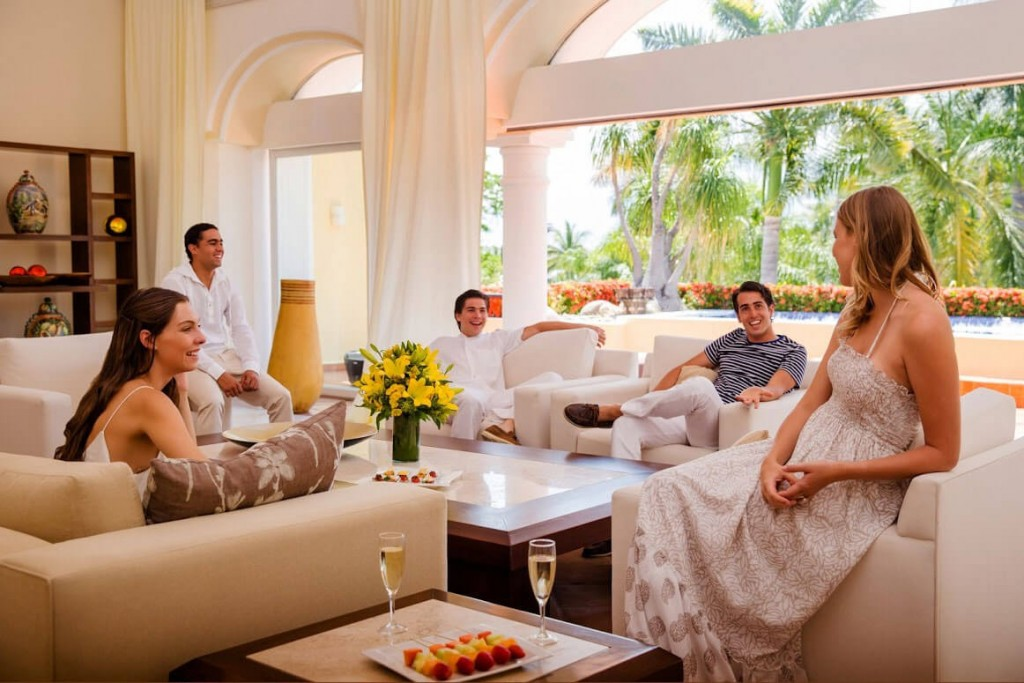 Pay $50k for a Bachelor-And-Bachelorette Party Package in Puerto Vallarta