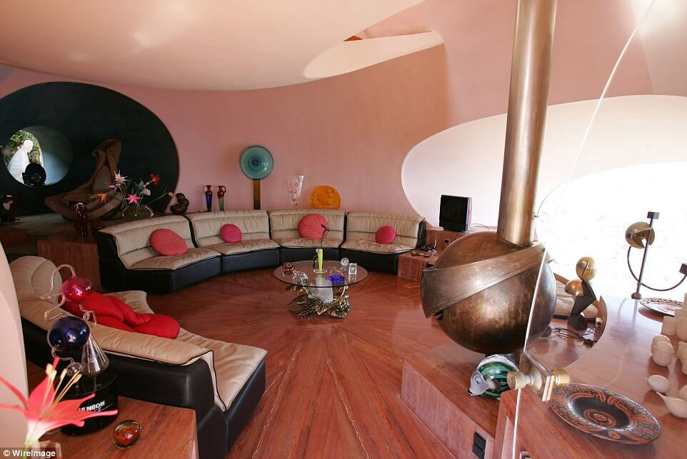 Pierre Cardin's Palais Bulles Bubble Mansion to Sell for $335.8 million