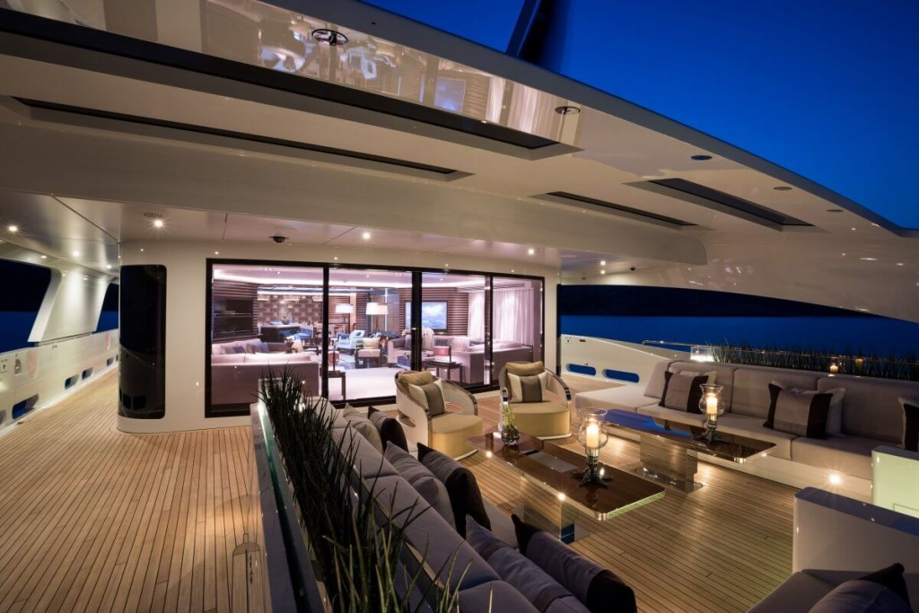 Take A Look Inside Beyonce And Jay Zs 70 Million Yacht