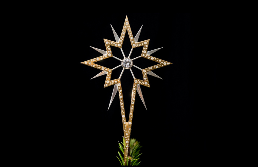 Match this $947,705 Diamond-Studded Christmas tree Star with Your Christmas Tree!