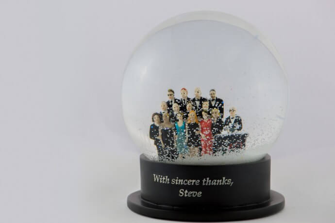 The $5,000 Diamond Christmas Snow Globe Is A Perfect Gift