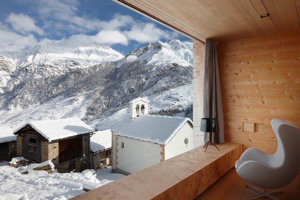These 20 Cozy Winter Retreats are Perfect for a Luxurious Trip in the Mountains