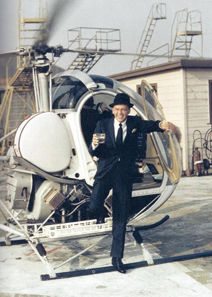 1964- Frank Sinatra Steps Out Of A Helicopter