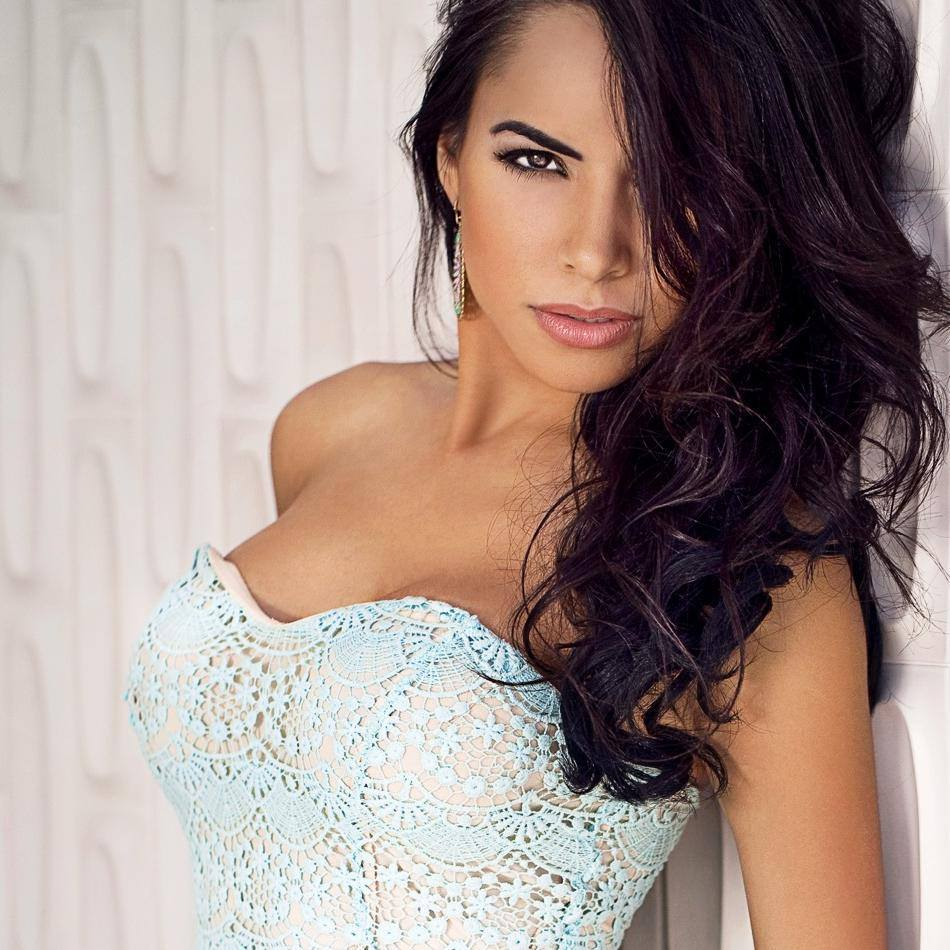 Lisa Morales Instagram Beauty of the day