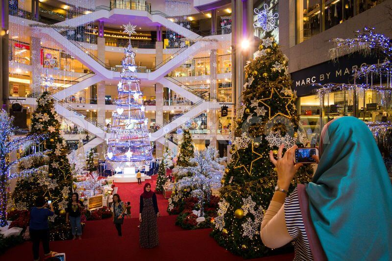 Swarovski brings its tallest Christmas tree in Asia to Kuala Lumpur a