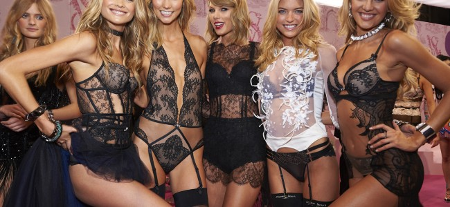 10 Celebrities Who Performed At The Victoria's Secret Fashion Show