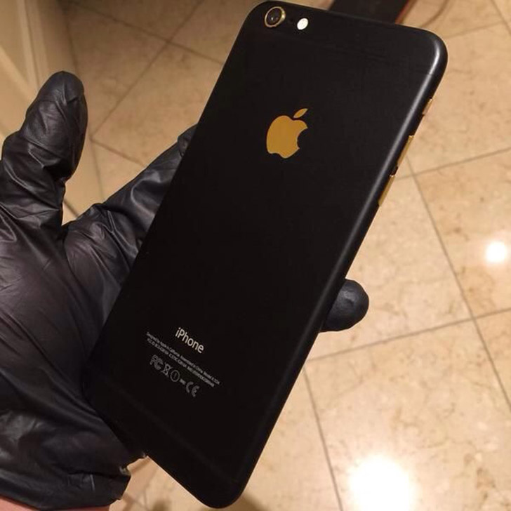 black carbon iphone