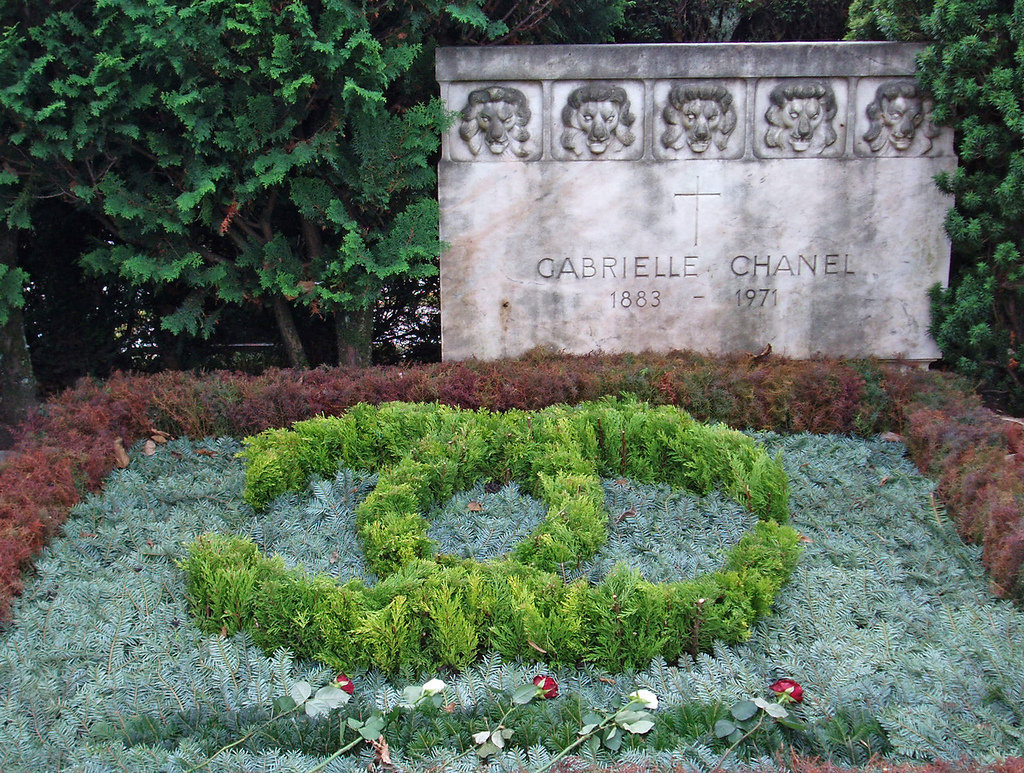 15 Things You Didn't Know About Coco Chanel | Coco Chanel's headstone