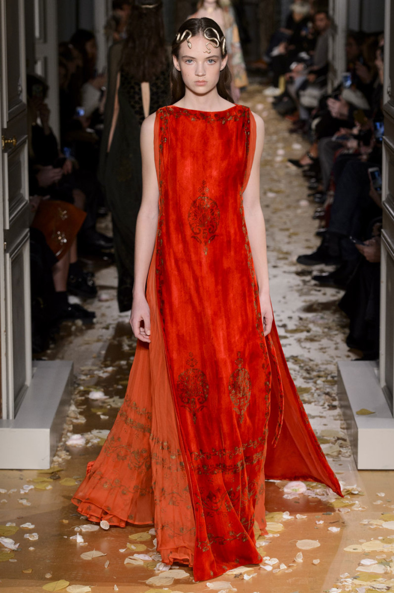 Top 10 Oldest Fashion Houses| Valentino Haute Couture Spring/Summer 2016