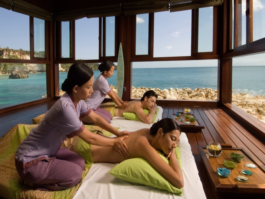 Spoil your body with the best spa treatment!