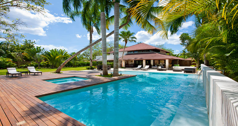 Kardashian's favourite luxury resorts Dominican Republic pool