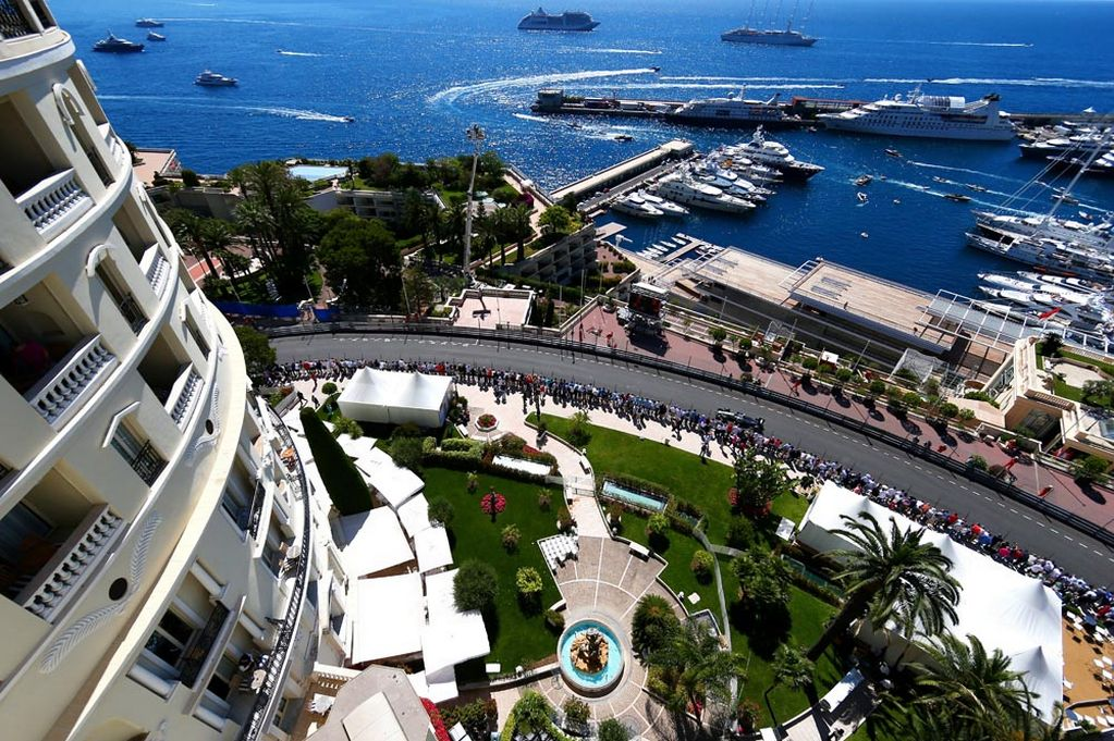 Lewis Hamilton Net Worth >> Reasons Why Rich & Famous People Live in Monaco - Alux.com