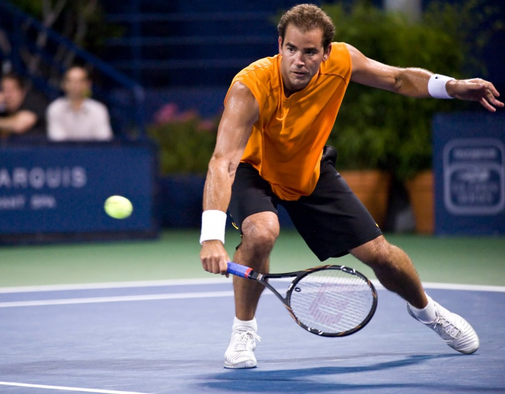 Luxurious Tennis Wears on Court Pete Sampras Racket
