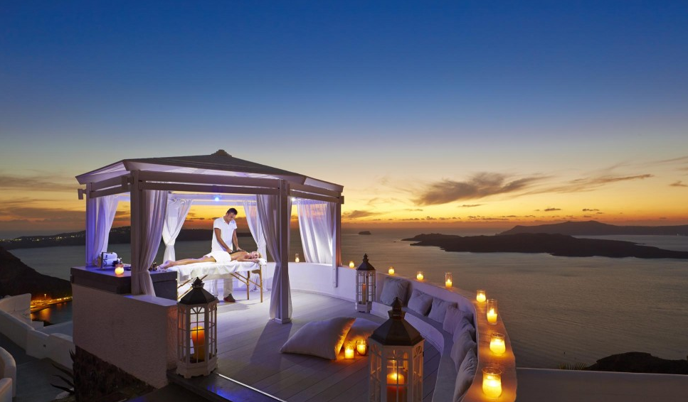 Kardashian's favourite luxury resorts santorini sunset