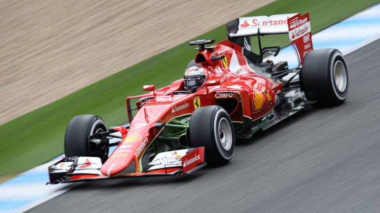 Attirant The Expensive Sport: Formula 1 Grand Prix Car