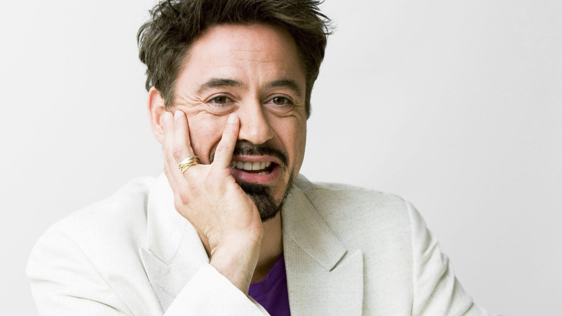 10 Things You Didn't Know About Robert Downey Jr. | Featured Image