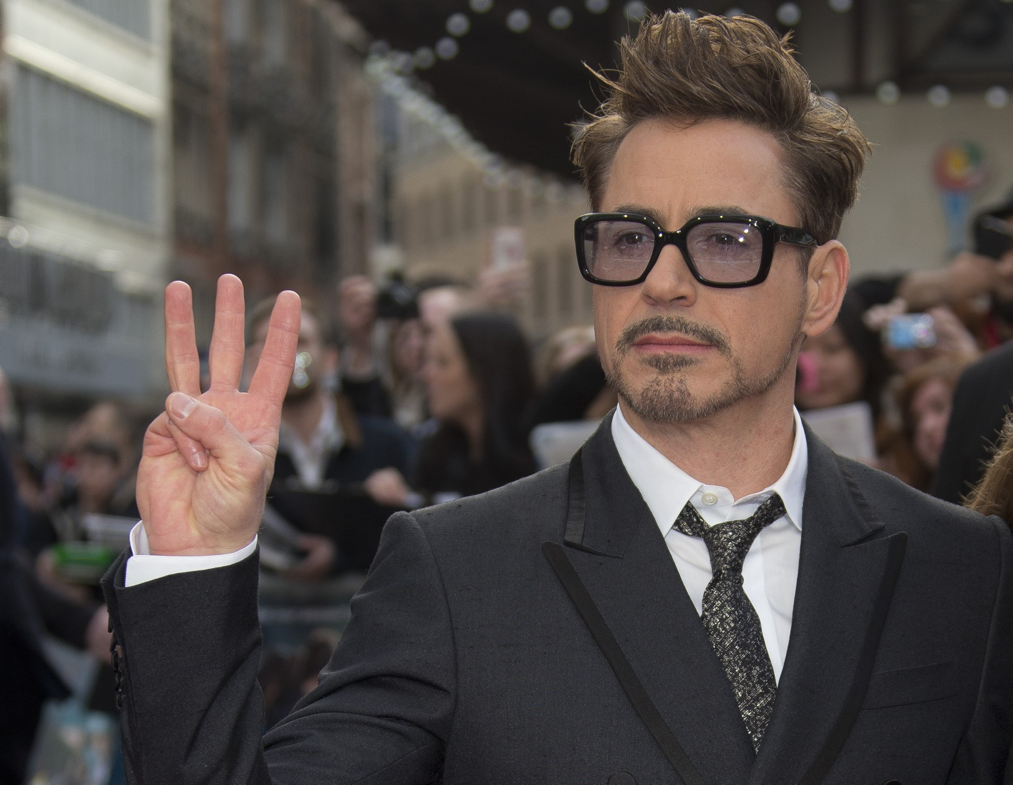 10 Things You Didn't Know About Robert Downey Jr.   Robert Downey Jr. at Comic Con