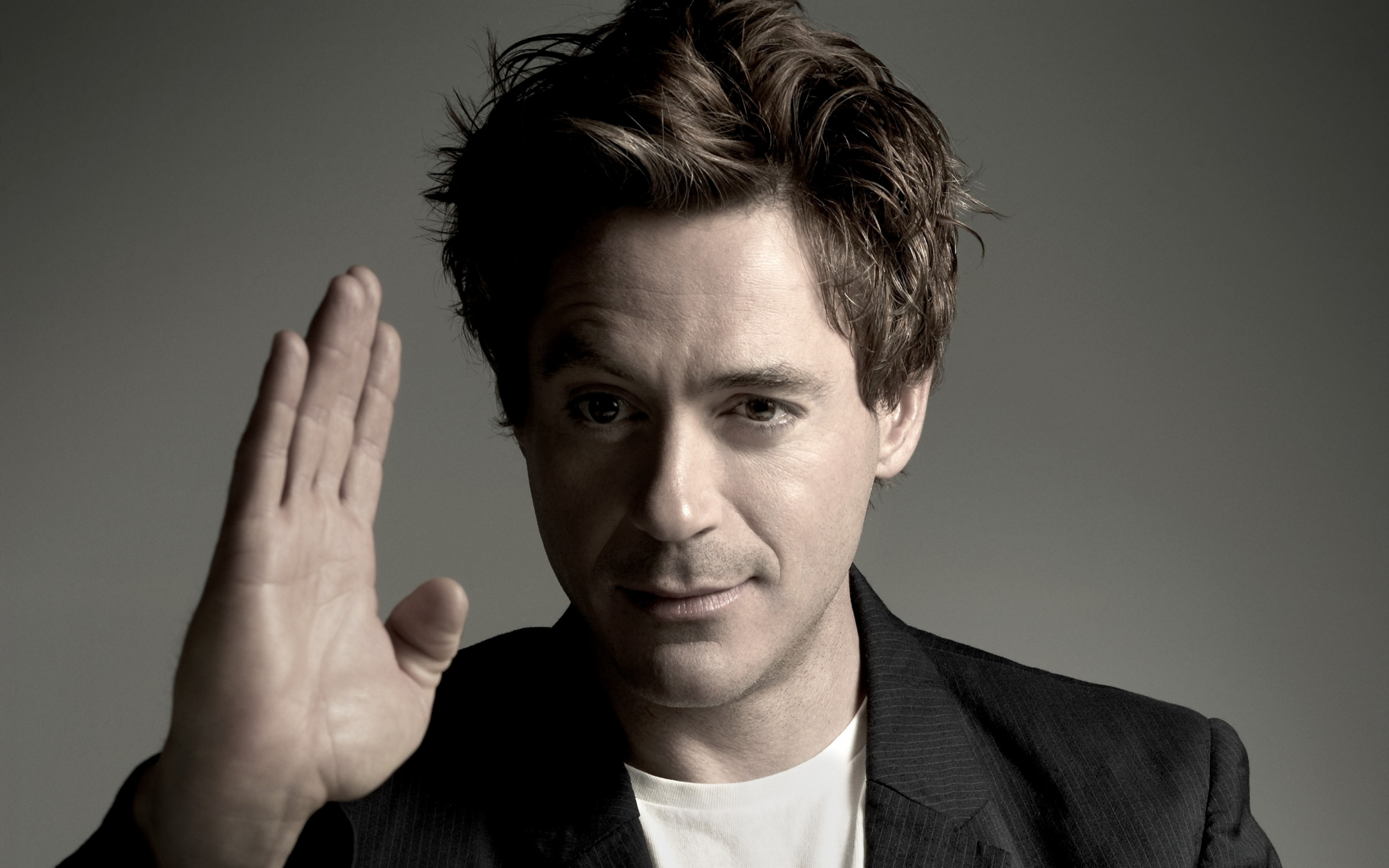 10 Things You Didn't Know About Robert Downey Jr.   Downey knows a form of Kung Fu
