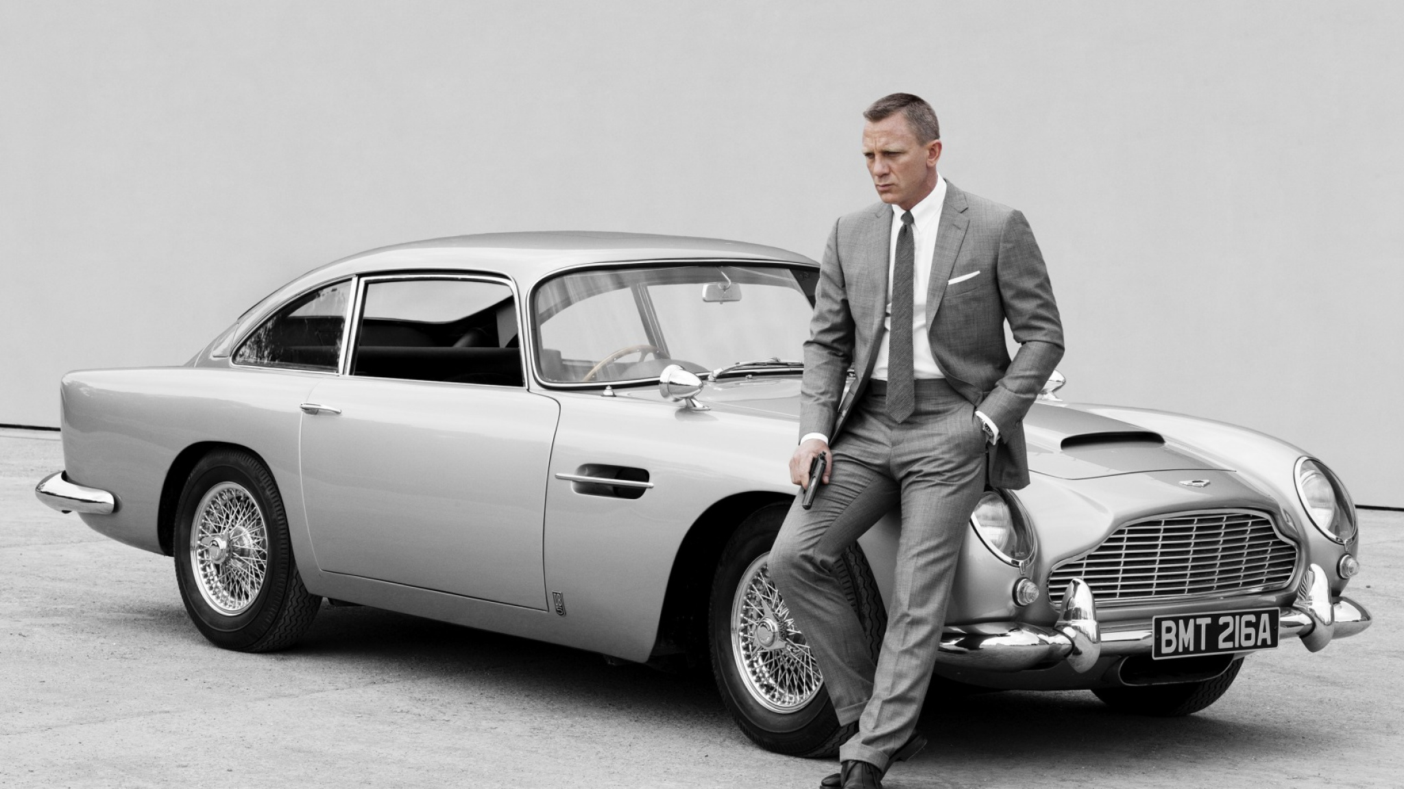 10 Things You Didn't Know About Aston Martin | Daniel Craig as 007 with the DB5