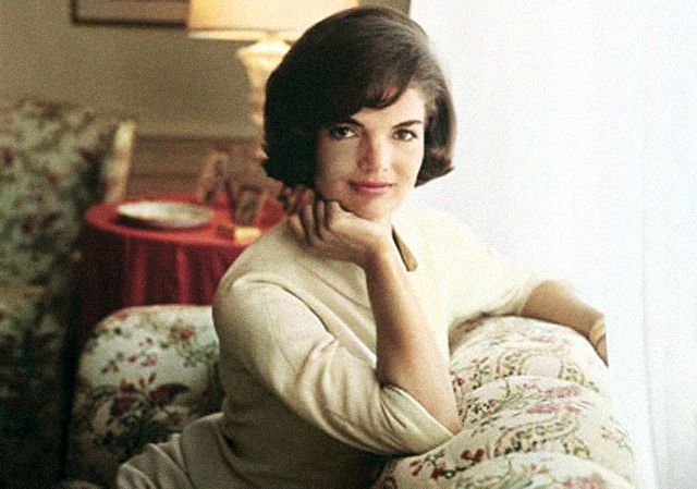 Famous Widows' Life Now and Then | Jacqueline Kennedy Onassis