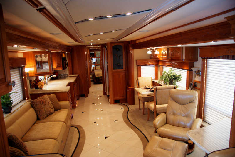 Top 10 Luxury Buses In The World | Top 10 Luxury Buses In The World | The Magna 630 interiors